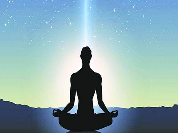 मेडिटेशन वह मानसिक व्यायाम है, जो आपके मन को शांत करता है। (सिम्बॉलिक इमेज) - Dainik Bhaskar