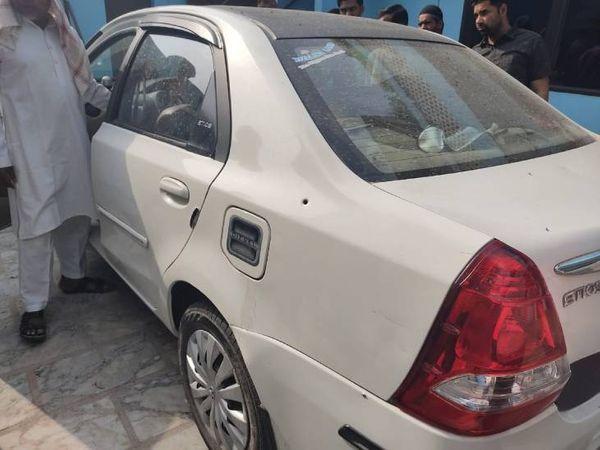 भाजपा नेता की कार।