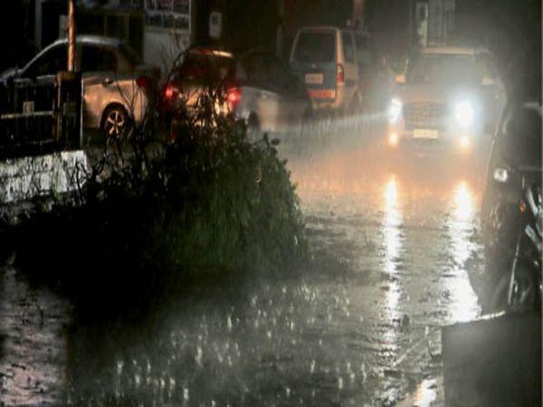 रात 7:15 बजे बठिंडा में हुई तेज बारिश की तस्वीर - Dainik Bhaskar