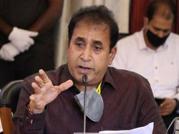 अनिल देशमुख के समर्थन में महाराष्ट्र सरकार ने सुप्रीम कोर्ट में याचिका दायर की है। जिसमें हाईकोर्ट के फैसले को चुनौती दी गई है। - Dainik Bhaskar