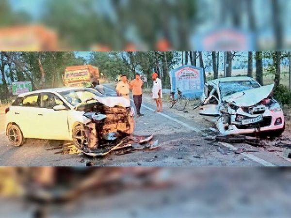 सफीदों-असंध मार्ग पर हादसे में क्षतिग्रस्त दो कार। - Dainik Bhaskar