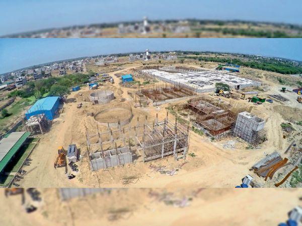 गमाडा की ओर से भाखड़ा नहर का पानी मोहाली शहर में लाने के लिए पिछले 13 साल से जो काम किया जा रहा है वो जुलाई माह के अंत में पूरा हो जाएगा।          फोटो-गीतांश गौतम - Dainik Bhaskar