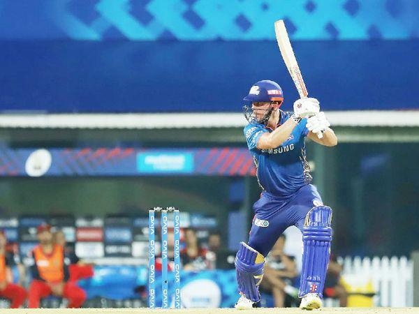 मुंबई के लिए डेब्यू करने वाले ओपनर क्रिस लिन ने 35 बॉल पर सबसे ज्यादा 49 रन बनाए।