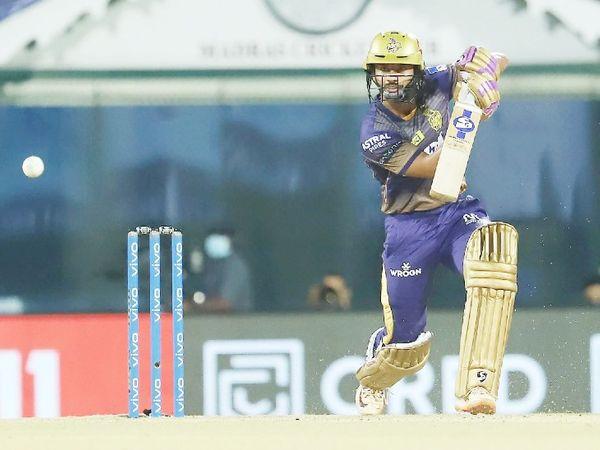 राहुल त्रिपाठी ने 29 बॉल पर 53 रन की पारी खेली। उन्होंने राणा के साथ तीसरे विकेट के लिए 93 रन की पार्टनरशिप कर कोलकाता की पारी को संंभाला।