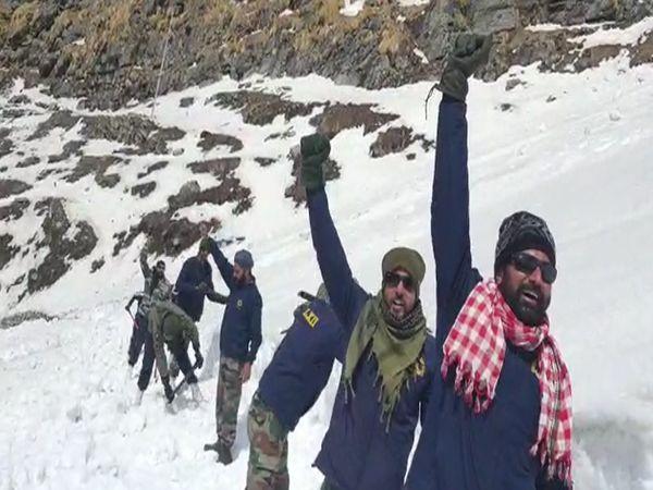 श्री हेमकुंड साहिब की यात्रा क - Dainik Bhaskar