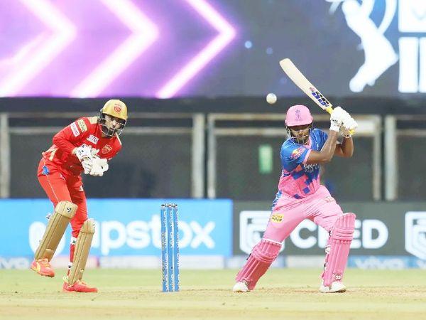 बतौर कप्तान संजू सैमसन ने पहले ही मैच में शतक लगाया। ऐसा करने वाले वे IPL के पहले खिलाड़ी भी बन गए हैं।