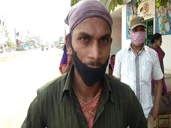 राजनांदगांव के प्रवासी मजदूर सूरत से वापस अपने गांव जा रहे हैं।