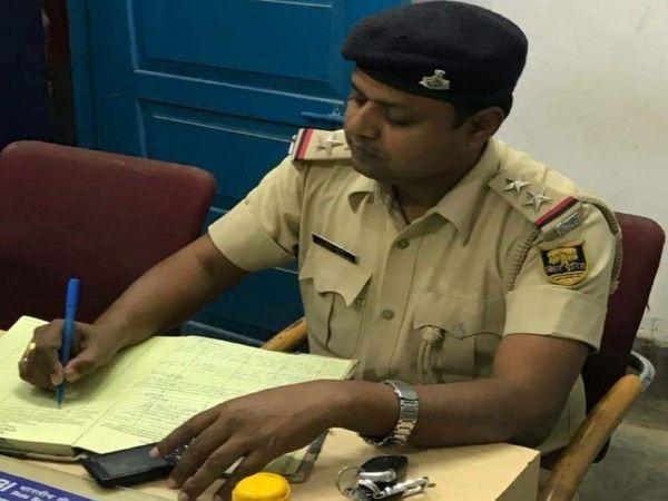 CID के इंस्पेक्टर राकेश कुमार। (फाइल फोटो) - Dainik Bhaskar