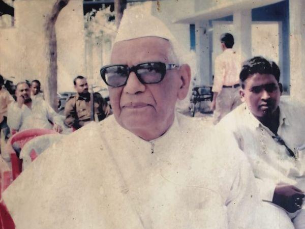 विधान परिषद के पूर्व सभापति प्रो. अरुण कुमार। (फाइल फोटो) - Dainik Bhaskar