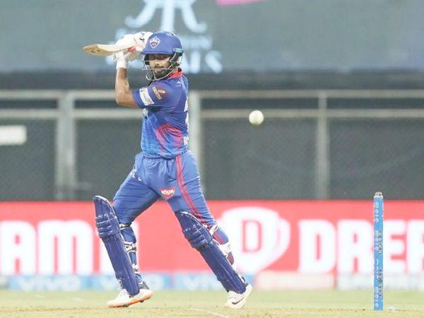 पंत ने 9 चौके लगाए। दिल्ली का कोई भी बल्लेबाज छक्का नहीं लगा सका।