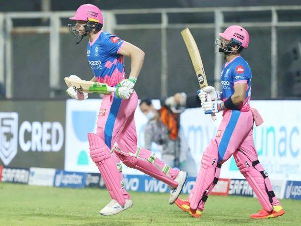 राजस्थान टीम ने तीसरे ओवर में ही 13 रन पर दो विकेट गंवा दिए। मनन वोहरा 9 और जोस बटलर 2 रन पर आउट हुए। दोनों विकेट क्रिस वोक्स ने एक ओवर में लिए।