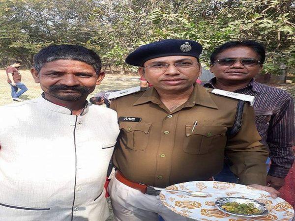 आईपीएस शशिमोहन सिंह के साथ उन्होंने छत्तीसगढ़ी फिल्मों में भी कुछ भूमिका निभाई थी।