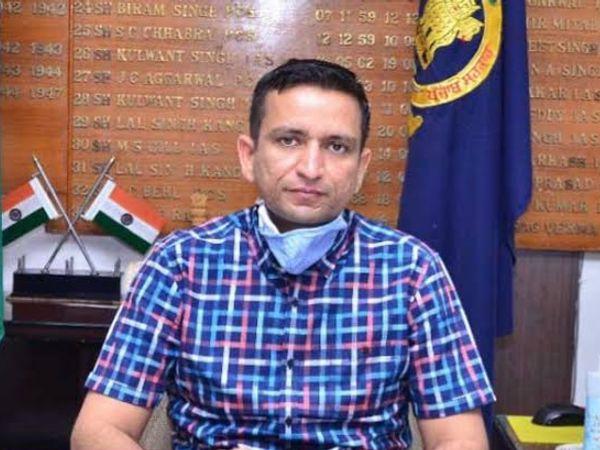 DC घनश्याम थोरी - Dainik Bhaskar