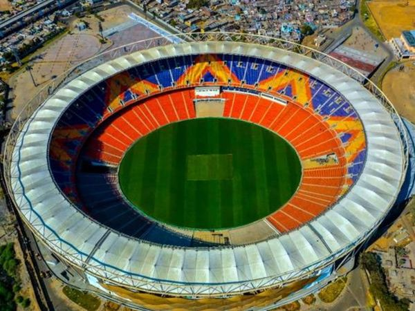 अहमदाबाद के नरेंद्र मोदी स्टेडियम में फाइनल मैच खेला जाएगा।