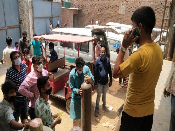 यूपी में कोरोना का संक्रमण बेक - Dainik Bhaskar