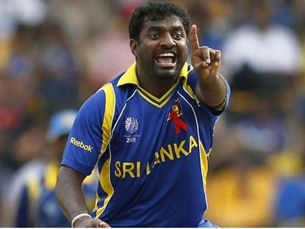 मुरलीधरन टेस्ट क्रिकेट में 800 विकेट लेने वाले दुनिया के इकलौते गेंदबाज हैं। - Dainik Bhaskar