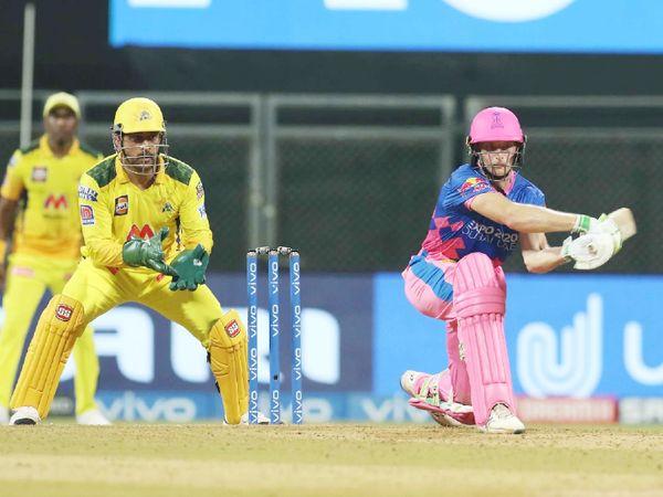 बटलर ने राजस्थान को अच्छी शुरुआत दी। वे फिफ्टी से चूक गए। बटलर ने 35 बॉल पर 49 रन की पारी खेली।