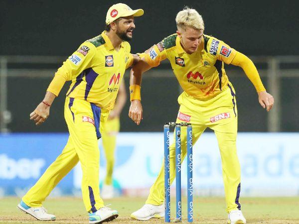 सैम करन ने राजस्थान को दो शुरुआती झटके दिए। उन्होंने मनन वोहरा (14 रन) और सैमसन (1 रन) को पवेलियन भेजा।