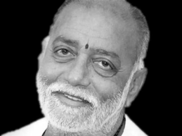 मोरारी बापू, आध्यात्मिक गुरु और राम के कथाकार - दैनिक भास्कर