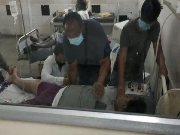 अस्पताल में करीब आधे घंटे ऑक्सीजन सप्लाई रुकने से मरीजों की हालत बिगड़ने लगी। - Dainik Bhaskar