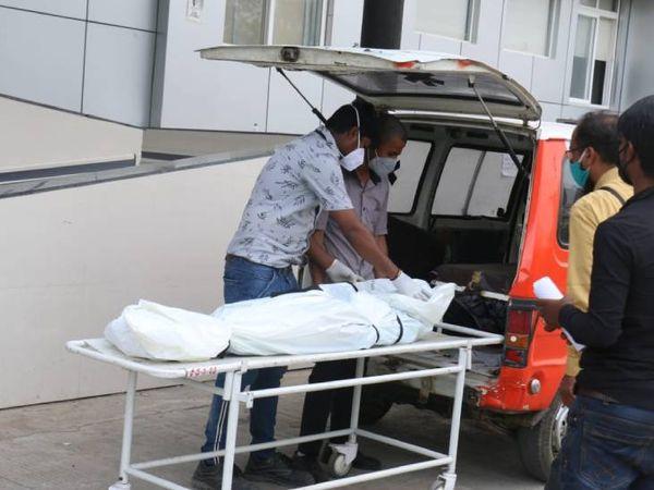 इंदौर में बीते दिन 8 लोगों की कोरोना की वजह से जान चली गई।