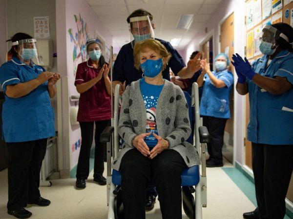 ब्रिटेन में वैक्सीनेशन काफी तेज हो गया है। यहां अब तक 40% से ज्यादा लोगों को वैक्सीन लगाई जा चुकी है।
