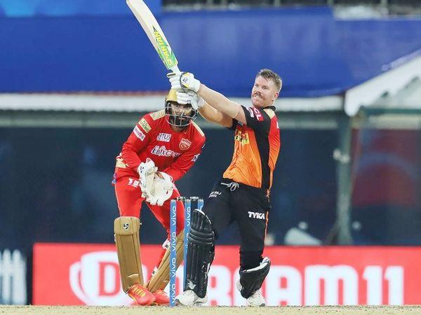 121 रन के टारगेट का पीछा करते हुए हैदराबाद के कप्तान और ओपनर डेविड वॉर्नर ने 37 रन बनाए। उन्होंने जॉनी बेयरस्टो के साथ 73 रन की ओपनिंग पार्टनरशिप की।