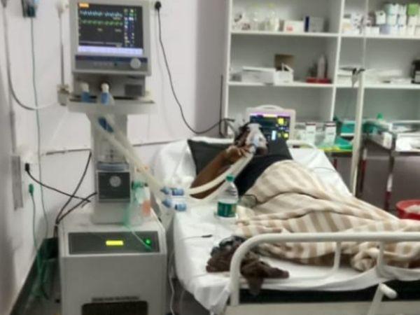 ओम प्रकाश को डूंडा के मुख्य अस्पताल में रखा गया था।