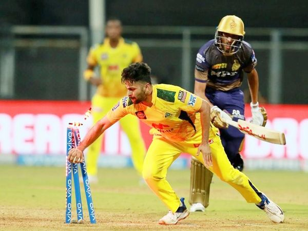 आखिरी ओवर में KKR को 20 रन की जरूरत थी। एक विकेट बाकी था। तभी शार्दूल ठाकुर ने प्रसिद्ध कृष्णा को रनआउट किया। यहां से KKR टीम ने मैच गंवा दिया।