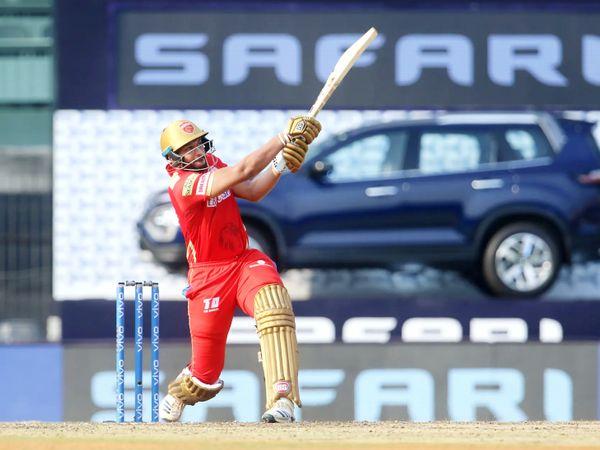पंजाब किंग्स का कोई बल्लेबाज नहीं चला। शाहरुख खान ने 17 बॉल पर 22 रन बनाए।