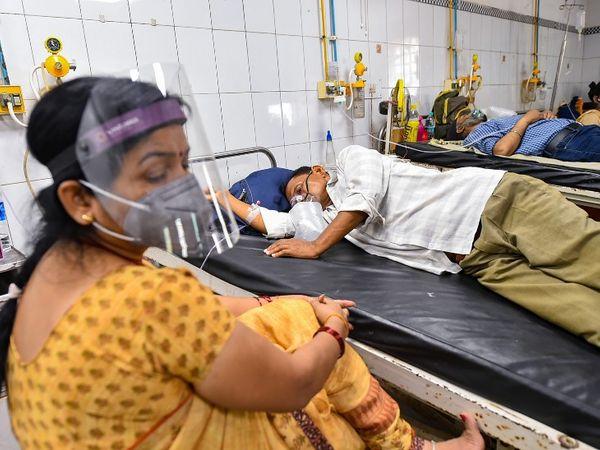 कंपनी का दावा है कि कोरोना मरीजों पर किए गए क्लीनिकल ट्रायल्स में यह दवा 91% तक असरदार साबित हुई है। - Dainik Bhaskar