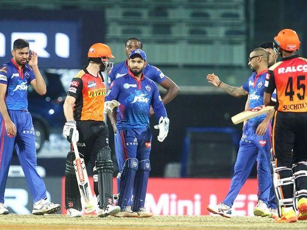 दूसरा मैच दिल्ली कैपिटल्स और सनराइजर्स हैदराबाद के बीच टाई रहा। सुपर ओवर के दौरान दिल्ली के कप्तान ऋषभ पंत और हैदराबाद के केन विलियम्सन के बीच कुछ बहस हुई।