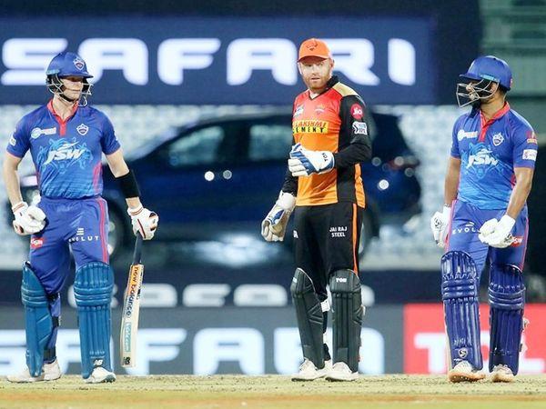 दिल्ली के कप्तान ऋषभ पंत ने 37 और स्टीव स्मिथ ने 34 रन बनाए। दोनों के बीच तीसरे विकेट के लिए 42 बॉल पर 58 रन की पार्टनरशिप हुई।