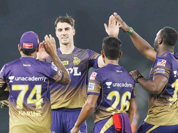 KKR के तेज गेंदबाज पैट कमिंस ने 2 विकेट लिए। उन्होंने राहुल और बिश्नोई को आउट किया।