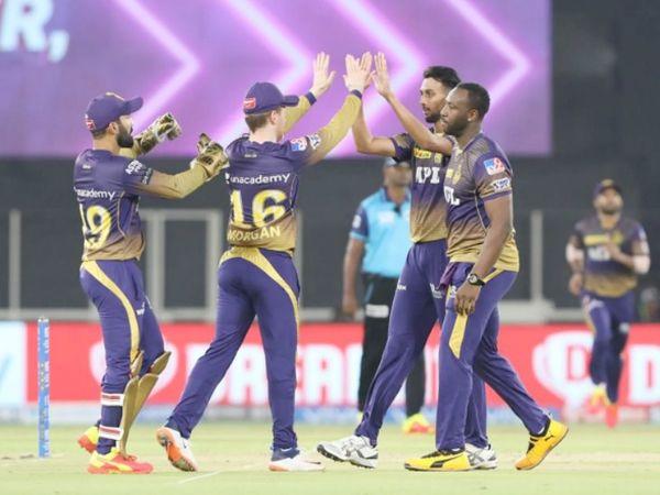 कृष्णा ने 3 विकेट झटके। उन्होंने दीपक हुड्डा, शाहरुख खान और जॉर्डन को शिकार बनाया।