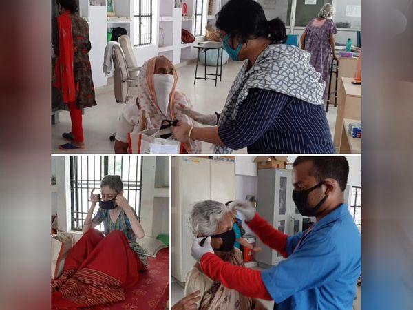 सुनीता संतोषी बताती हैं कि हमारे टीम के लोग हर दिन 20 से 30 बुजुर्गों की हेल्प कर रहे हैं। वे उन्हें दवाइयां भेजने और इलाज करवाने में मदद कर रहे हैं।