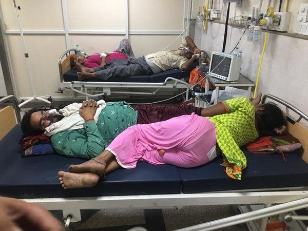 सिविल अस्पताल की इमरजेंसी में - Dainik Bhaskar