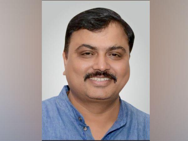 फेडरेशन ऑफ वेस्टर्न इंडिया सिने एम्प्लॉइज फेडरेशन के जनरल सेक्रेटरी अशोक दुबे