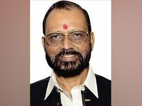 फेडरेशन ऑफ वेस्टर्न इंडिया सिने एम्प्लॉइज (FWICE) के प्रेसिडेंट बीएन तिवारी