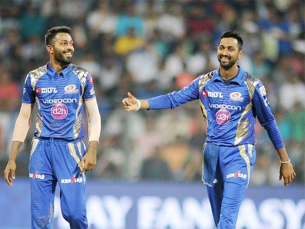 ऑलराउंडर हार्दिक और उनके भाई क्रुणाल पंड्या IPL में मुंबई इंडियंस टीम के लिए खेलते हैं। - Dainik Bhaskar