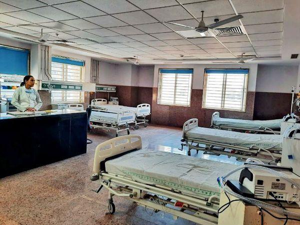 Demand raised for starting ventilators lying closed in civil hospital and for oxygenation of hospitals | सिविल अस्पताल में बंद पड़े वेंटिलेटर शुरू कराने और अस्पतालों काे ऑक्सीजन सुचारू करने की उठाई मांग