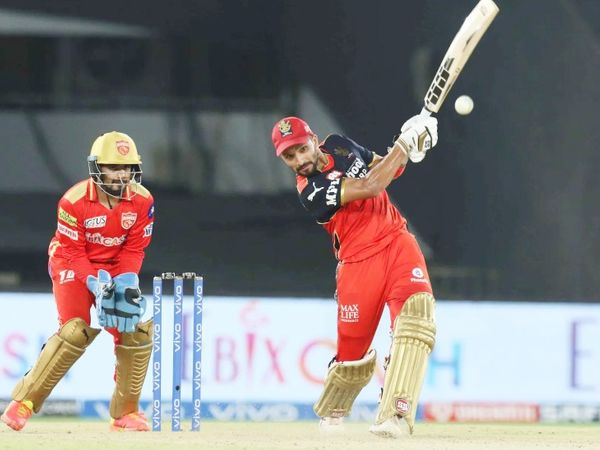 Rajat Patidar scored 31 runs.  He added 43 runs for the second wicket with Kohli.