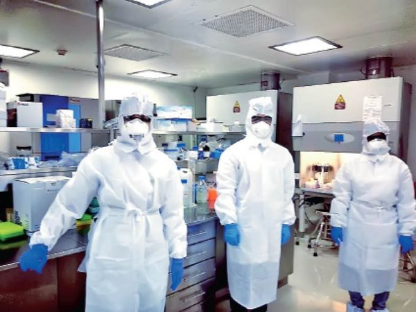 CCMB की लैब में कोरोना वायरस की टेस्टिंग, जीनोमसीक्वेंसिंग, कल्चर, व्यवहार, क्षमता और वैक्सीन रिसर्च होती है। - Dainik Bhaskar