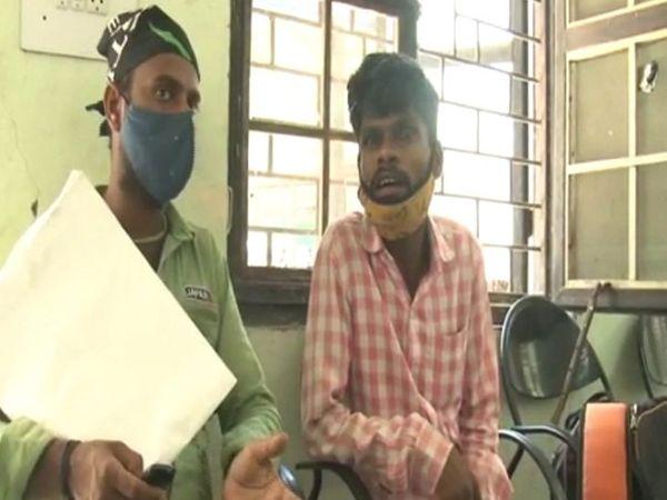 परवेज ने बताया कि उसने भाई का इंदौर सहित आसपास के इलाके में इलाज करवाया। - Dainik Bhaskar