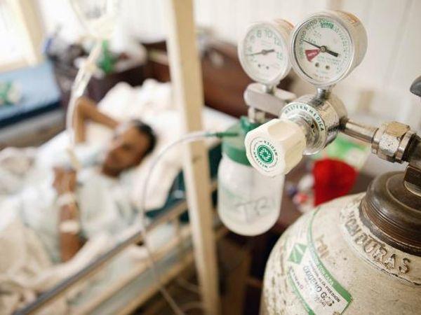 DC ने कहा कि अगर सिलेंडर दिए गए तो अस्पतालों के लिए शॉर्टेज हो जाएगी। - Dainik Bhaskar