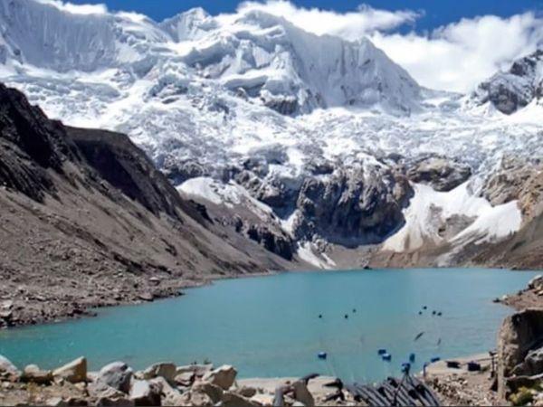 'कुछ झीलें बेहद खतरनाक स्तर पर हैं, जिनका अंदाजा लगाना कठिन है। - Dainik Bhaskar