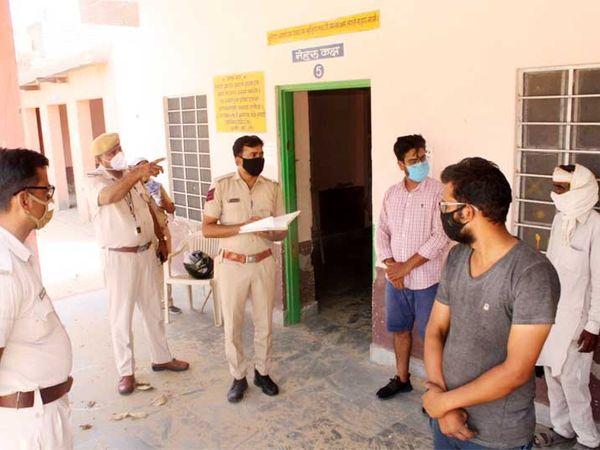 हनुमानगढ़ में बिना काम सड़क पर निकले थे ये। पुलिस ले गई क्वारंटाइन सेंटर। - Dainik Bhaskar