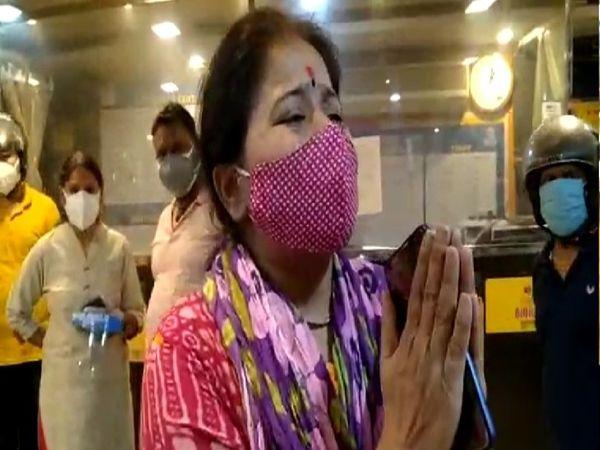 प्रख्यात गायक पद्मविभूषण पंडित छन्नूलाल मिश्र की छोटी बेटी नम्रता मिश्र ने अस्पताल पर लगाया लापरवाही का आरोप। - Dainik Bhaskar