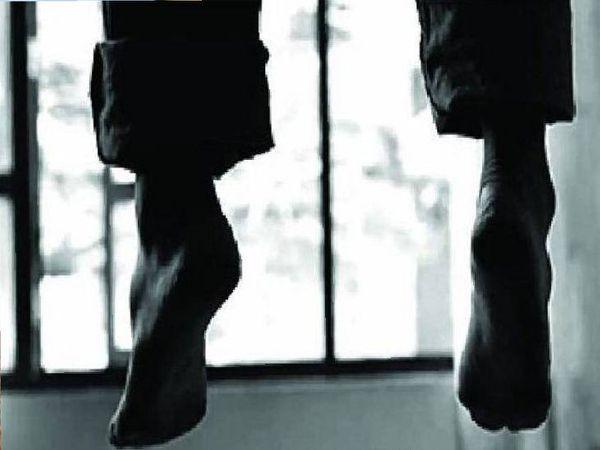 युवक और महिला ने फंदे से झूल कर दी जान। - Dainik Bhaskar