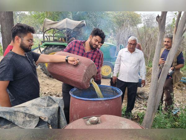 मृणाल का दावा है कि वे अपनी खेती में किसी तरह के केमिकल का इस्तेमाल नहीं करते हैं। वे खुद ही ऑर्गेनिक तरीके से खाद तैयार करते हैं।
